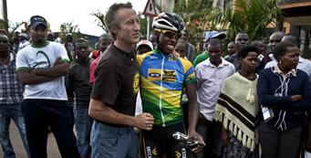 cycling-jock-boyer-team-rwanda-341×173