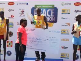 Kigali Peace Marathon: Abanya Kenya bihariye ibihembo